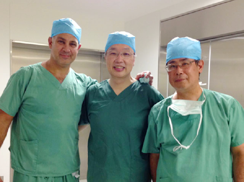 Dr. Mark Coughlanの手術見学写真